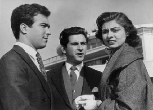 A Doutora é Muito Viva  Gerente de Produção e ator- 1956