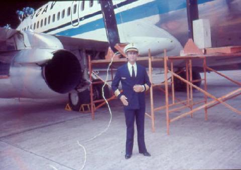 Propaganda para Vasp  Foi ao ar em meados dos anos 70. Ary interpretava o Comandante do Boeing da Vasp.