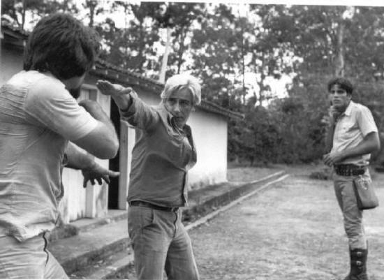 Vigilante Rodoviário® 1978 - Bastidores dirigindo cena de luta. Antônio Fonzar, como Vigilante Carlos