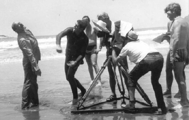 Até o Último Mercenário  Bastidores. Luciano Gragori, Carlos Miranda, Ary (de calção de banho) e equipe.