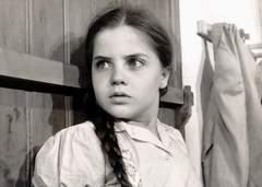 A atriz e apresentadora mirim Marcia Cardeal, do extinto programa infantil ZAZ-TRÁZ, em uma cena do seriado Vigilante Rodoviário®