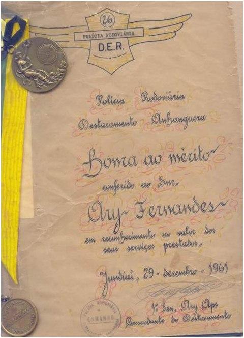 Diploma de HONRA AO MERITO conferido ao Ary Fernandes  pelo Comandante Ary Aps