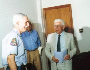 Ary Fernandes com autoridades